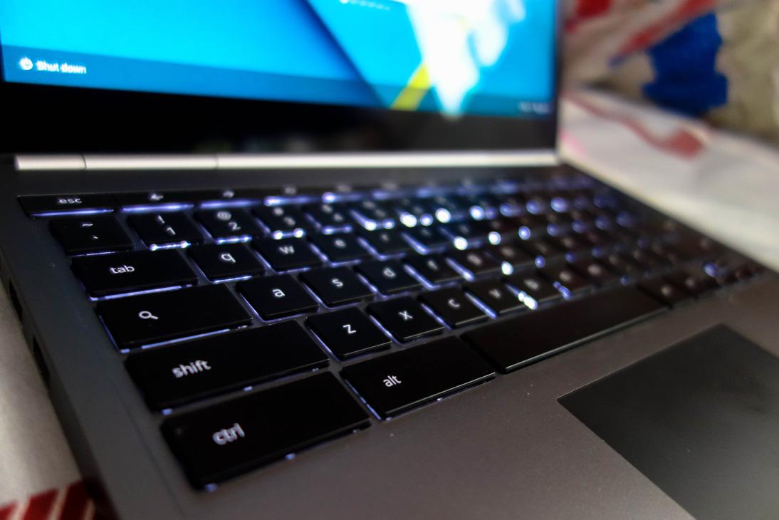 ChromeBook Pixel-6